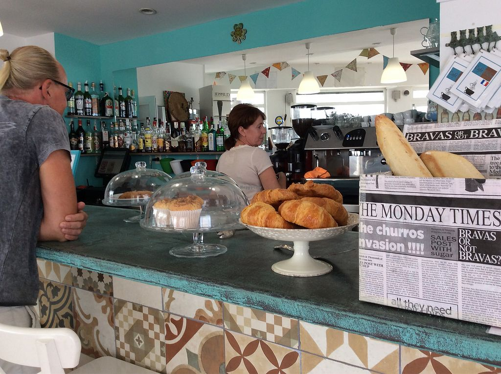 """Photo of Cafe Diem  by <a href=""""/members/profile/peterm2"""">peterm2</a> <br/>Muffins, brownies and croissants await.  <br/> September 7, 2017  - <a href='/contact/abuse/image/96717/301731'>Report</a>"""