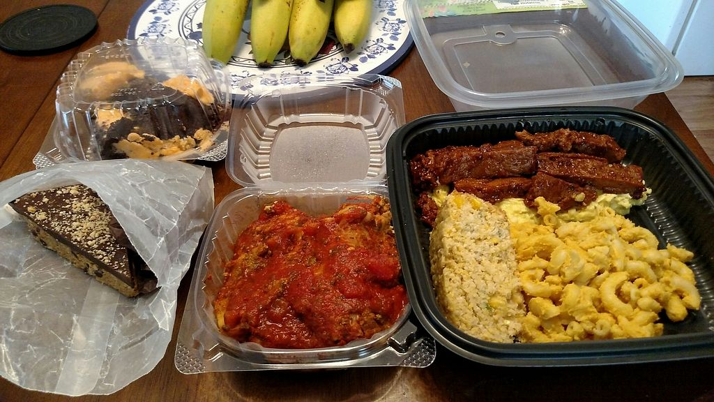 "Photo of Lelulo's  by <a href=""/members/profile/RosieTheVegan"">RosieTheVegan</a> <br/>BBQ Plate, Lasagna, and some desserts.  All of it is spectacular! <br/> July 22, 2017  - <a href='/contact/abuse/image/96777/283125'>Report</a>"
