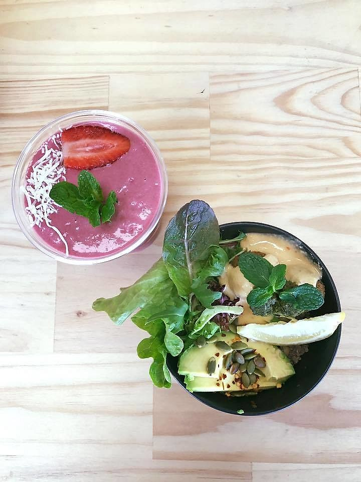 """Photo of Happy Pants 1549  by <a href=""""/members/profile/verbosity"""">verbosity</a> <br/>The 'love drug' smoothie & quinoa happy bowl <br/> July 22, 2017  - <a href='/contact/abuse/image/96796/283054'>Report</a>"""