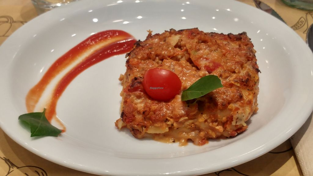 "Photo of Universo Vegano  by <a href=""/members/profile/SaraMarkic"">SaraMarkic</a> <br/>magnificent lasagna ! <br/> December 5, 2017  - <a href='/contact/abuse/image/96799/332613'>Report</a>"