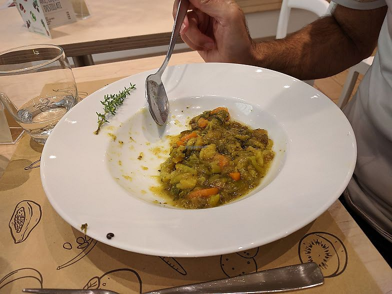 "Photo of Universo Vegano  by <a href=""/members/profile/SaraMarkic"">SaraMarkic</a> <br/>great tasty minestrone soup <br/> December 5, 2017  - <a href='/contact/abuse/image/96799/332621'>Report</a>"