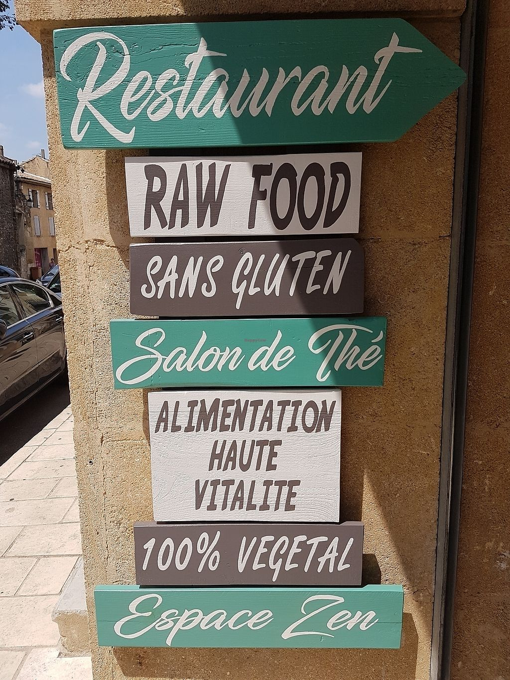 "Photo of Tendance Crue  by <a href=""/members/profile/ThierryBlanchetonV"">ThierryBlanchetonV</a> <br/>Vegan raw restaurant <br/> July 22, 2017  - <a href='/contact/abuse/image/96848/283370'>Report</a>"