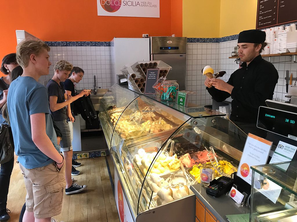 """Photo of Dolce Sicilia  by <a href=""""/members/profile/wincoop"""">wincoop</a> <br/>Dolce Sicilia Italian Ice Creams <br/> July 22, 2017  - <a href='/contact/abuse/image/96852/283314'>Report</a>"""