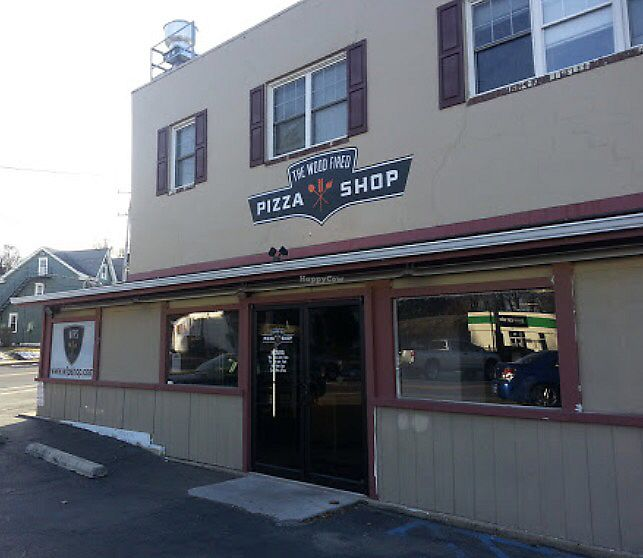 """Photo of The Wood Fired Pizza Shop  by <a href=""""/members/profile/imli"""">imli</a> <br/>Wood Fired Pizza Shop <br/> July 23, 2017  - <a href='/contact/abuse/image/96875/283701'>Report</a>"""