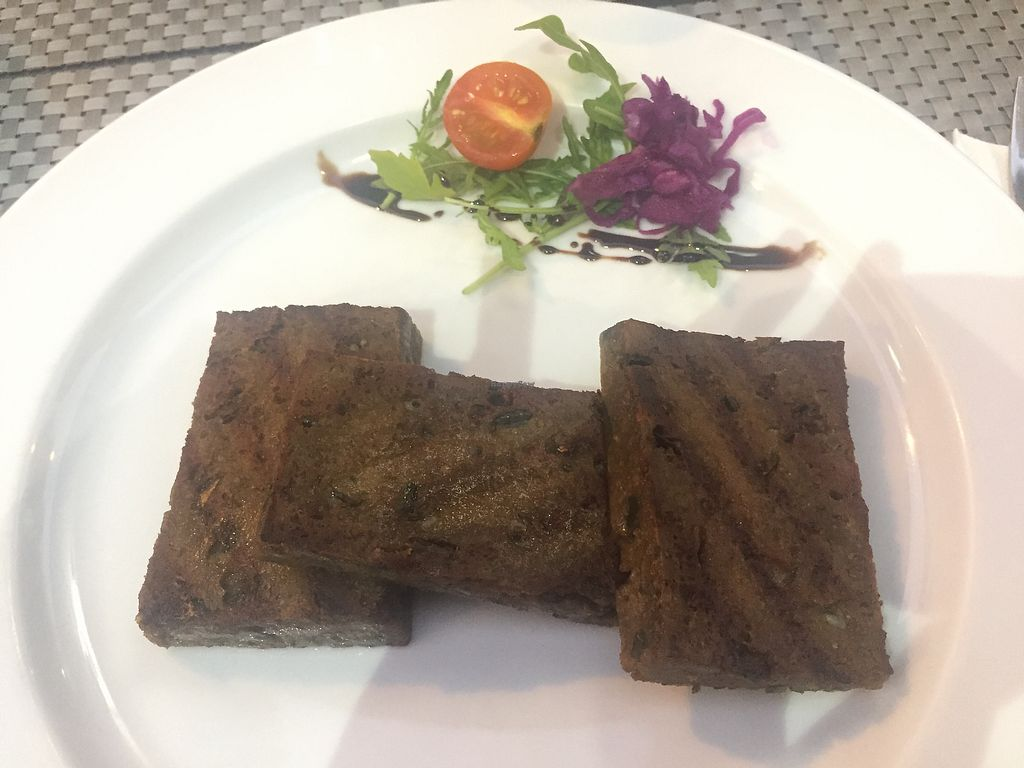 "Photo of C19  by <a href=""/members/profile/veg_x"">veg_x</a> <br/>Steak seitan <br/> October 12, 2017  - <a href='/contact/abuse/image/96914/314411'>Report</a>"