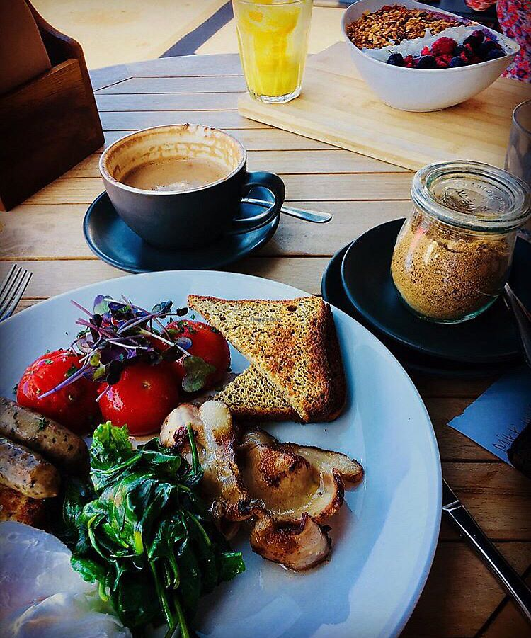 """Photo of Street Organics  by <a href=""""/members/profile/mikecorleone1"""">mikecorleone1</a> <br/>Kiwi Big Breakfast and Açai Bowl <br/> February 28, 2018  - <a href='/contact/abuse/image/97062/364970'>Report</a>"""
