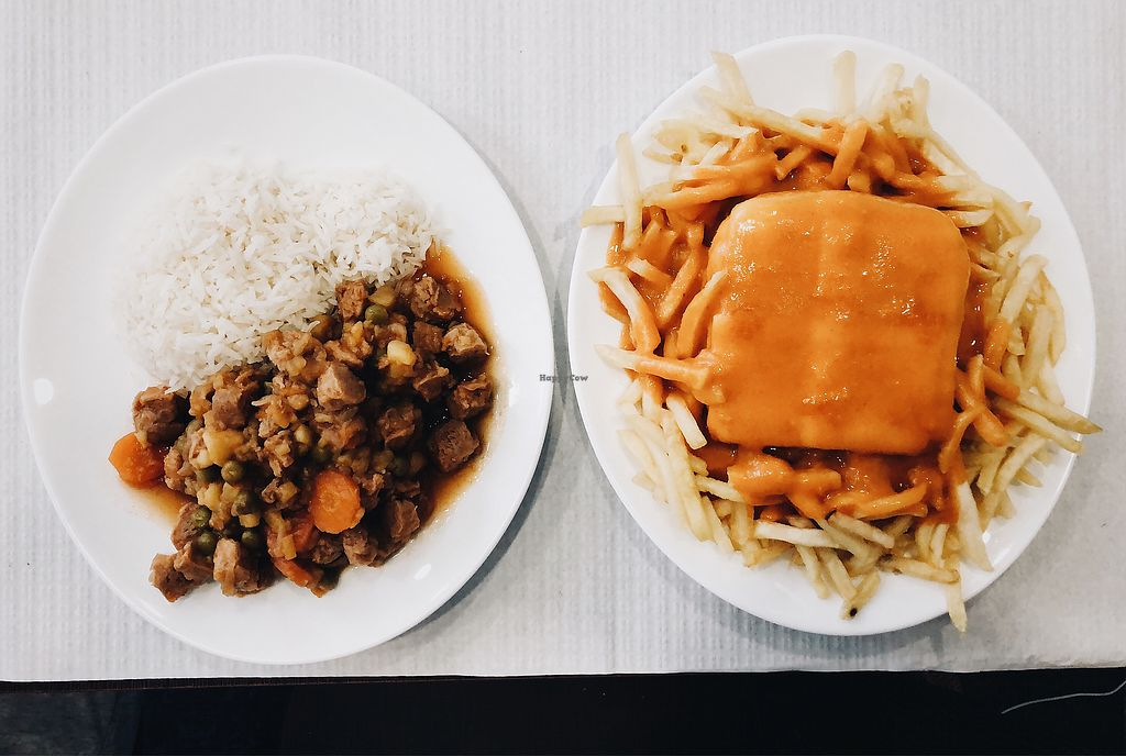 """Photo of Pecado Saudável  by <a href=""""/members/profile/noeliabarbero"""">noeliabarbero</a> <br/>jardineira (dish of the day) and francesinha <br/> March 10, 2018  - <a href='/contact/abuse/image/97100/368925'>Report</a>"""