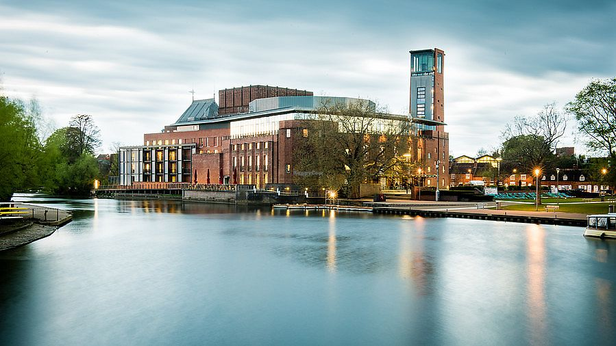 """Photo of Rooftop Restaurant and Bar - Royal Shakespeare Company  by <a href=""""/members/profile/healaing"""">healaing</a> <br/>The Royal Shakespeare Company <br/> July 31, 2017  - <a href='/contact/abuse/image/97273/287025'>Report</a>"""