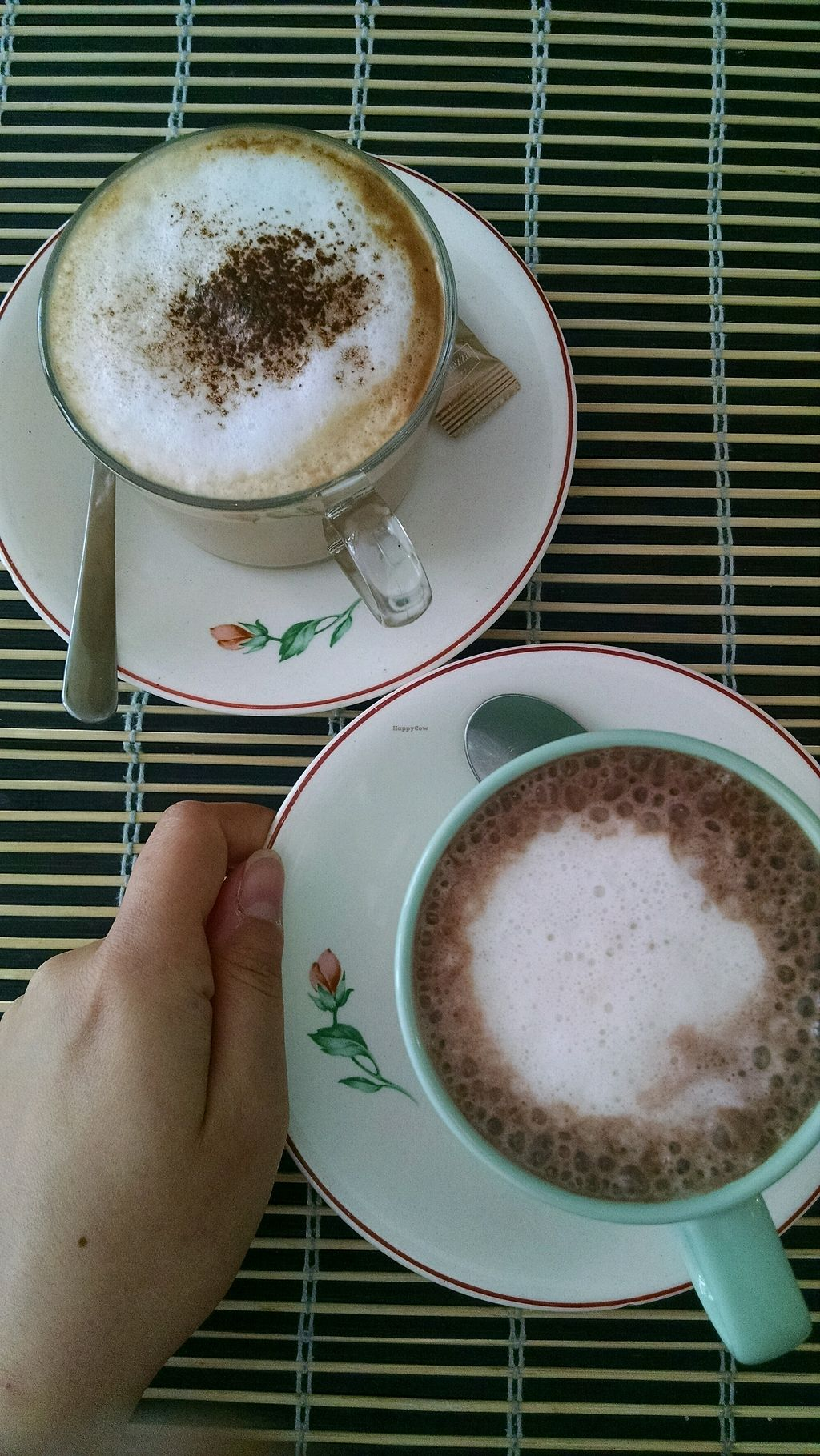 "Photo of Cafe do Comercio  by <a href=""/members/profile/SabrinaHrovatin"">SabrinaHrovatin</a> <br/>Cacao and Cappucchino with soy milk <br/> August 24, 2017  - <a href='/contact/abuse/image/97297/296669'>Report</a>"