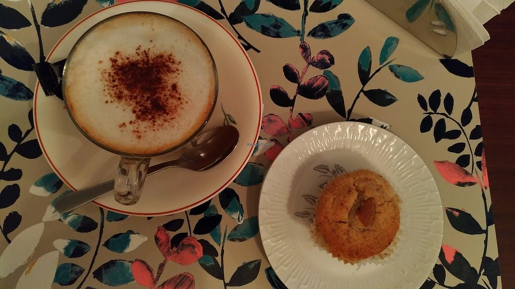 "Photo of Cafe do Comercio  by <a href=""/members/profile/MairaS"">MairaS</a> <br/>vegan almond muffin and cappuccino with soy milk <br/> December 22, 2017  - <a href='/contact/abuse/image/97297/338091'>Report</a>"