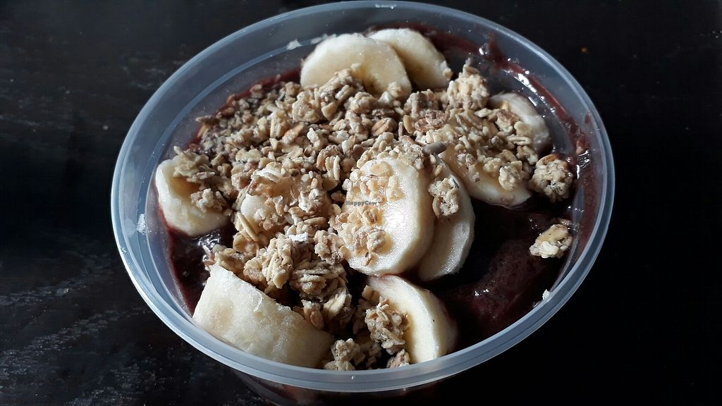 """Photo of Heavenly Smoothies  by <a href=""""/members/profile/Viacer"""">Viacer</a> <br/>Acai bowl with granola and banana  <br/> July 29, 2017  - <a href='/contact/abuse/image/97371/286033'>Report</a>"""