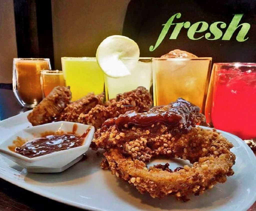 """Photo of CLOSED: Fresh México  by <a href=""""/members/profile/rancidl"""">rancidl</a> <br/>Vegan fun appetizers and alcoholic drinks <br/> September 20, 2017  - <a href='/contact/abuse/image/97383/306455'>Report</a>"""