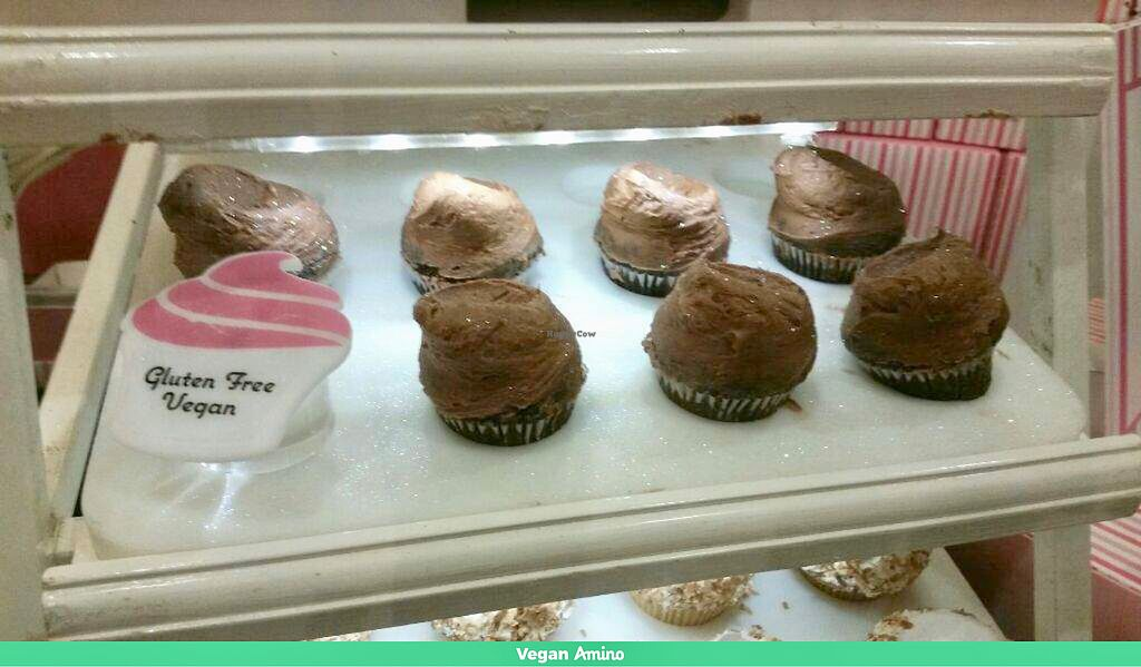 """Photo of Casey's Cupcakes  by <a href=""""/members/profile/LoneCrone"""">LoneCrone</a> <br/>Vegan Cupcakes  <br/> July 31, 2017  - <a href='/contact/abuse/image/97537/287192'>Report</a>"""