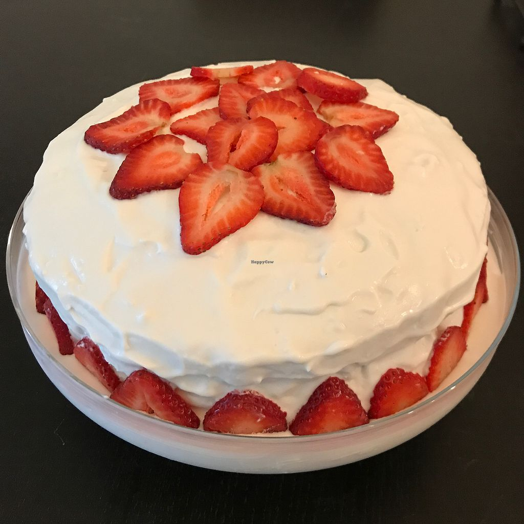 """Photo of Sweets by PBBQ  by <a href=""""/members/profile/Dkwillard"""">Dkwillard</a> <br/>vegan tres leches <br/> August 14, 2017  - <a href='/contact/abuse/image/97574/292627'>Report</a>"""