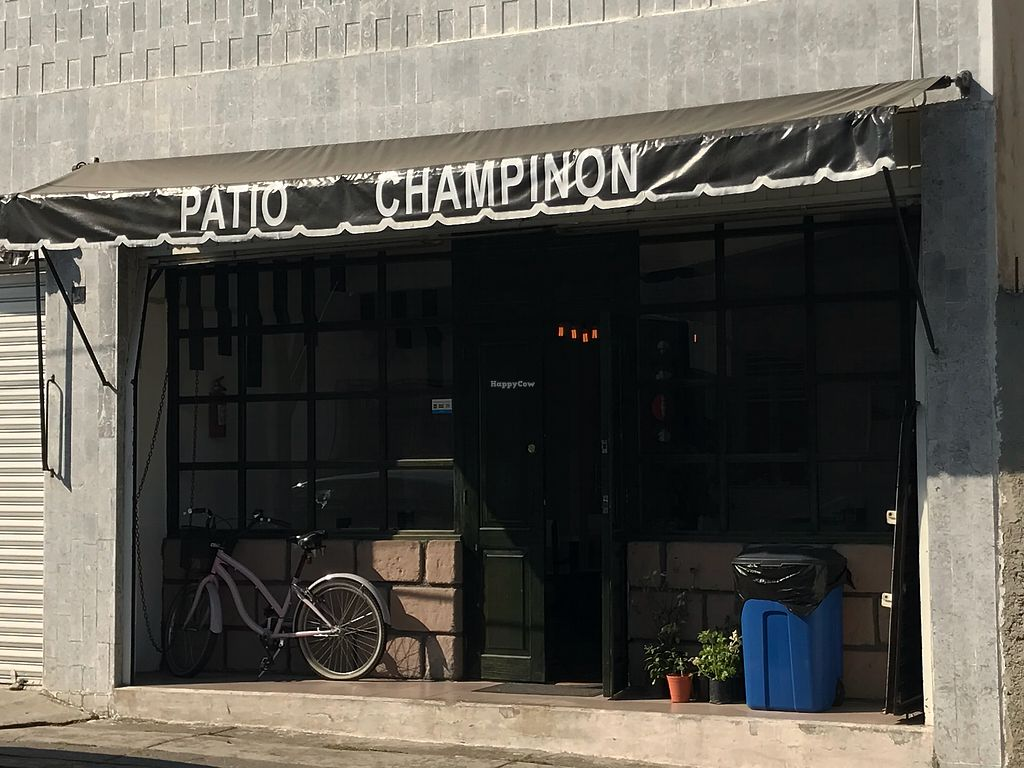 """Photo of Patio Champinon  by <a href=""""/members/profile/rackoo"""">rackoo</a> <br/>View from street <br/> January 16, 2018  - <a href='/contact/abuse/image/97611/347337'>Report</a>"""