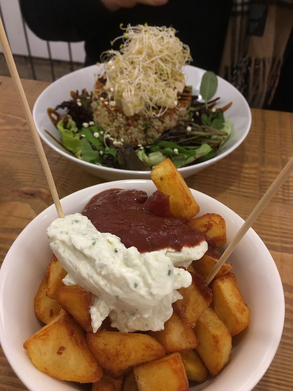 "Photo of Almalibre Acai Bar  by <a href=""/members/profile/AnikaSch%C3%A4fer"">AnikaSchäfer</a> <br/>Quinoa salad and patatas bravas <br/> March 22, 2018  - <a href='/contact/abuse/image/97617/374568'>Report</a>"
