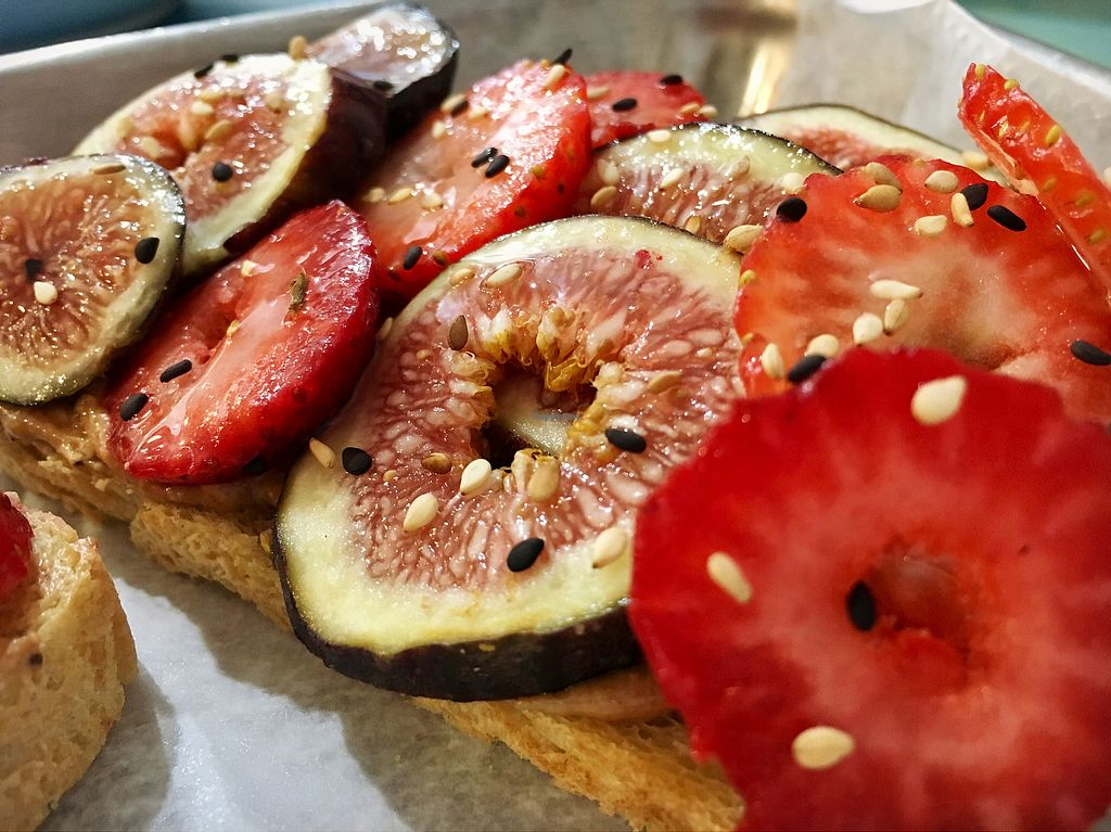 """Photo of Anaya Coffee  by <a href=""""/members/profile/clovely.vegan"""">clovely.vegan</a> <br/>fig & berry nut butter toast <br/> August 21, 2017  - <a href='/contact/abuse/image/97699/295133'>Report</a>"""
