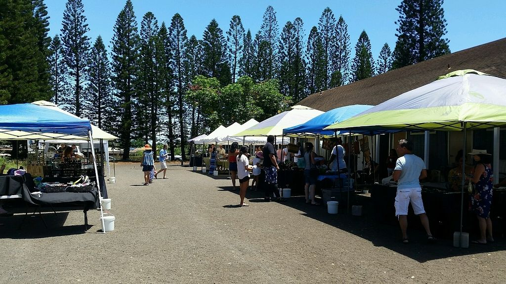 """Photo of Napili Farmers Market  by <a href=""""/members/profile/eric"""">eric</a> <br/>Sat market <br/> August 5, 2017  - <a href='/contact/abuse/image/97739/289410'>Report</a>"""