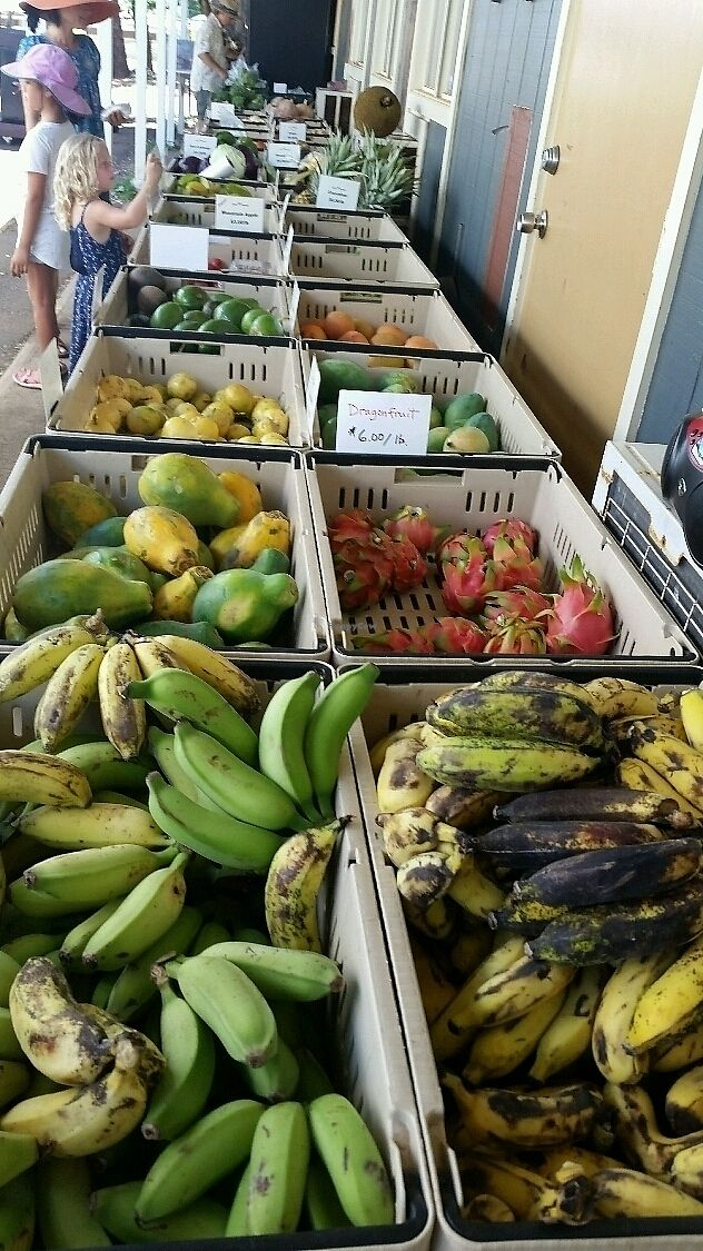 """Photo of Napili Farmers Market  by <a href=""""/members/profile/eric"""">eric</a> <br/>fresh produce <br/> August 5, 2017  - <a href='/contact/abuse/image/97739/289414'>Report</a>"""