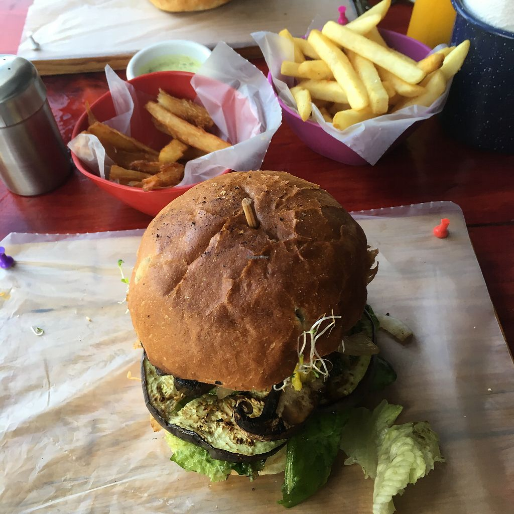 "Photo of Roraima Burgers  by <a href=""/members/profile/Kukiaries"">Kukiaries</a> <br/>yuca y patatas fritas <br/> August 7, 2017  - <a href='/contact/abuse/image/97800/290071'>Report</a>"
