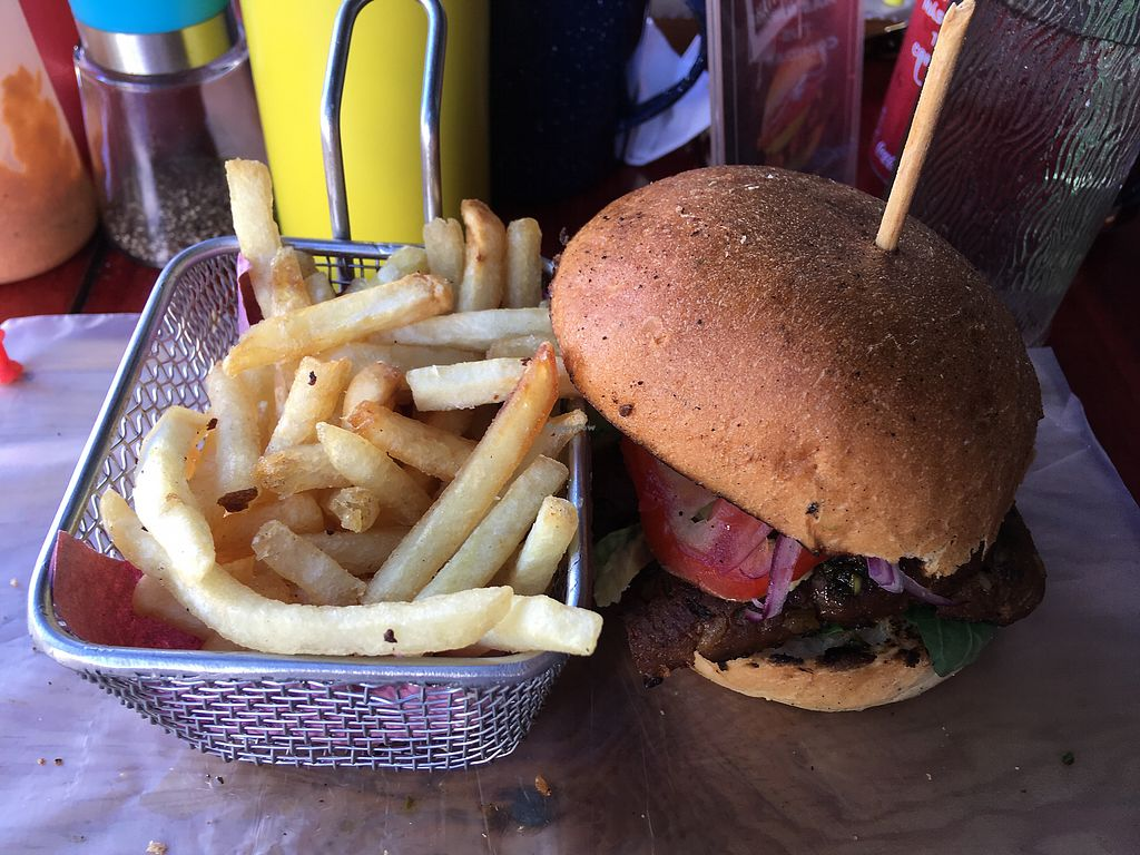 "Photo of Roraima Burgers  by <a href=""/members/profile/Hellavegan"">Hellavegan</a> <br/>New vegan burger menu (burger 90 pesos and fries 30 pesos) <br/> April 2, 2018  - <a href='/contact/abuse/image/97800/379981'>Report</a>"