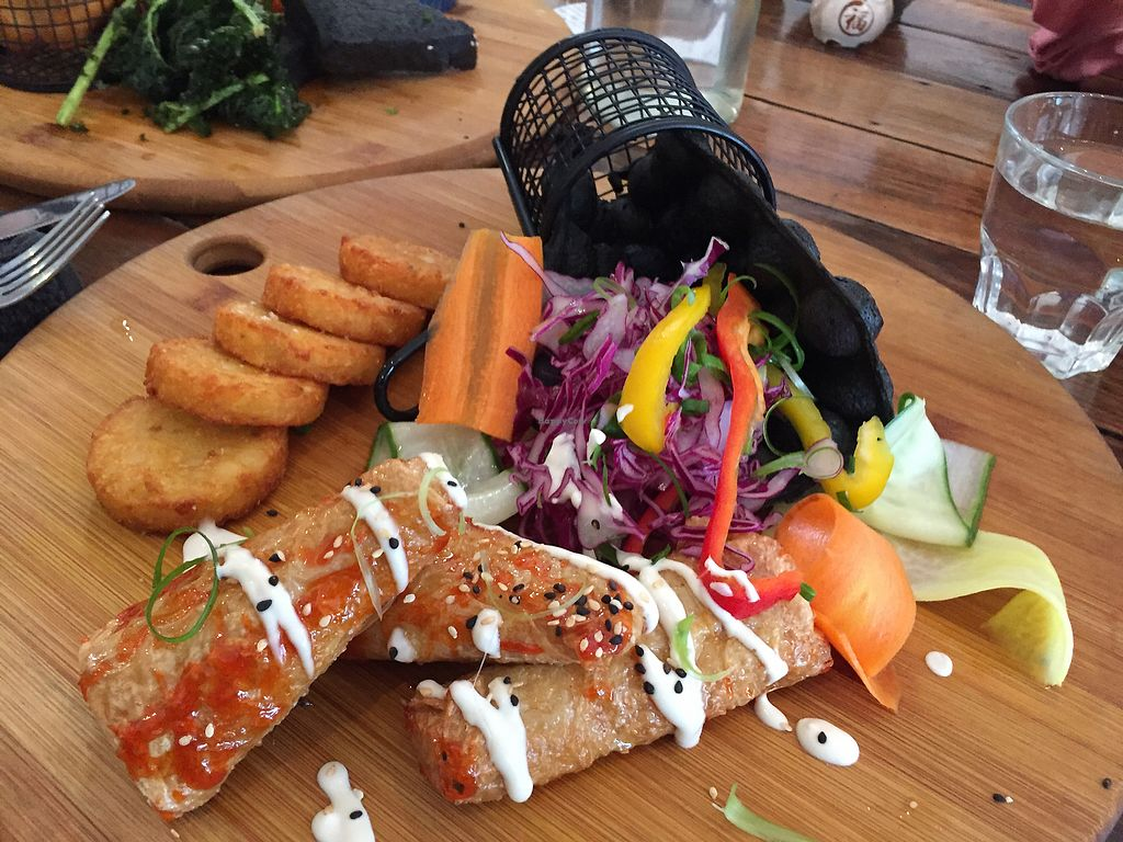"""Photo of Handsome Her  by <a href=""""/members/profile/Wuji_Luiji"""">Wuji_Luiji</a> <br/>Charcoal bubble waffles with a side of hash browns <br/> February 19, 2018  - <a href='/contact/abuse/image/97828/361224'>Report</a>"""
