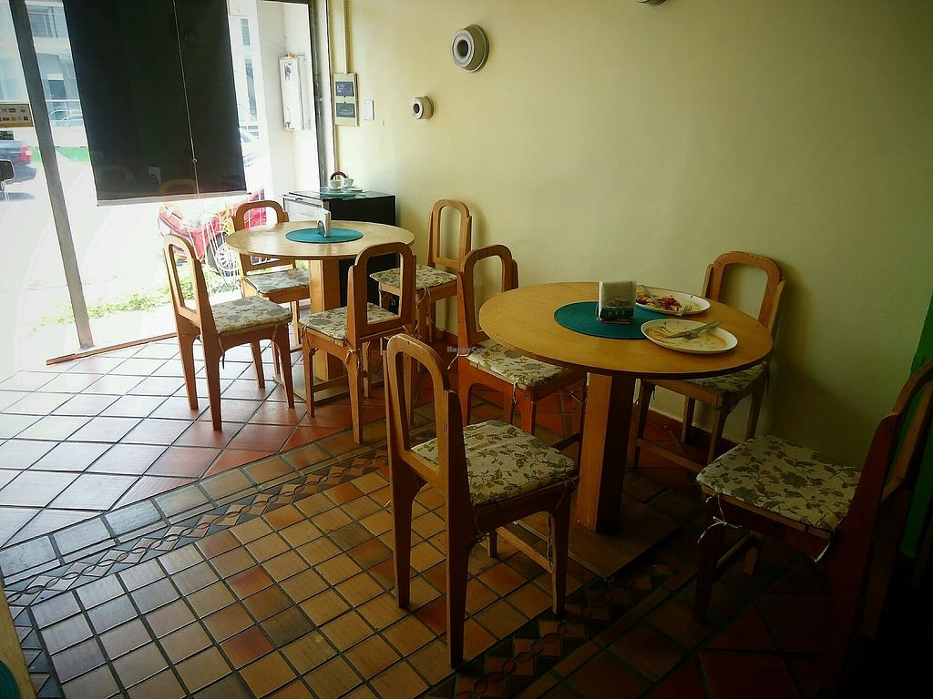 "Photo of La Cozinha Bistro Vegetariano  by <a href=""/members/profile/WayneB"">WayneB</a> <br/>Seating area.  <br/> November 22, 2017  - <a href='/contact/abuse/image/97888/328153'>Report</a>"