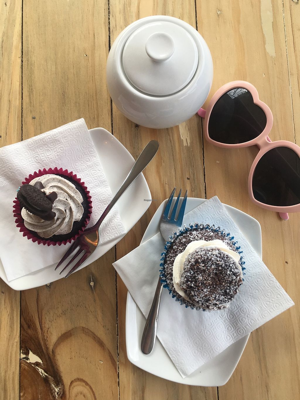 """Photo of Cakes Annie Time  by <a href=""""/members/profile/jojoinbrighton"""">jojoinbrighton</a> <br/>Delicious vegan cupcakes <br/> August 5, 2017  - <a href='/contact/abuse/image/97906/288943'>Report</a>"""