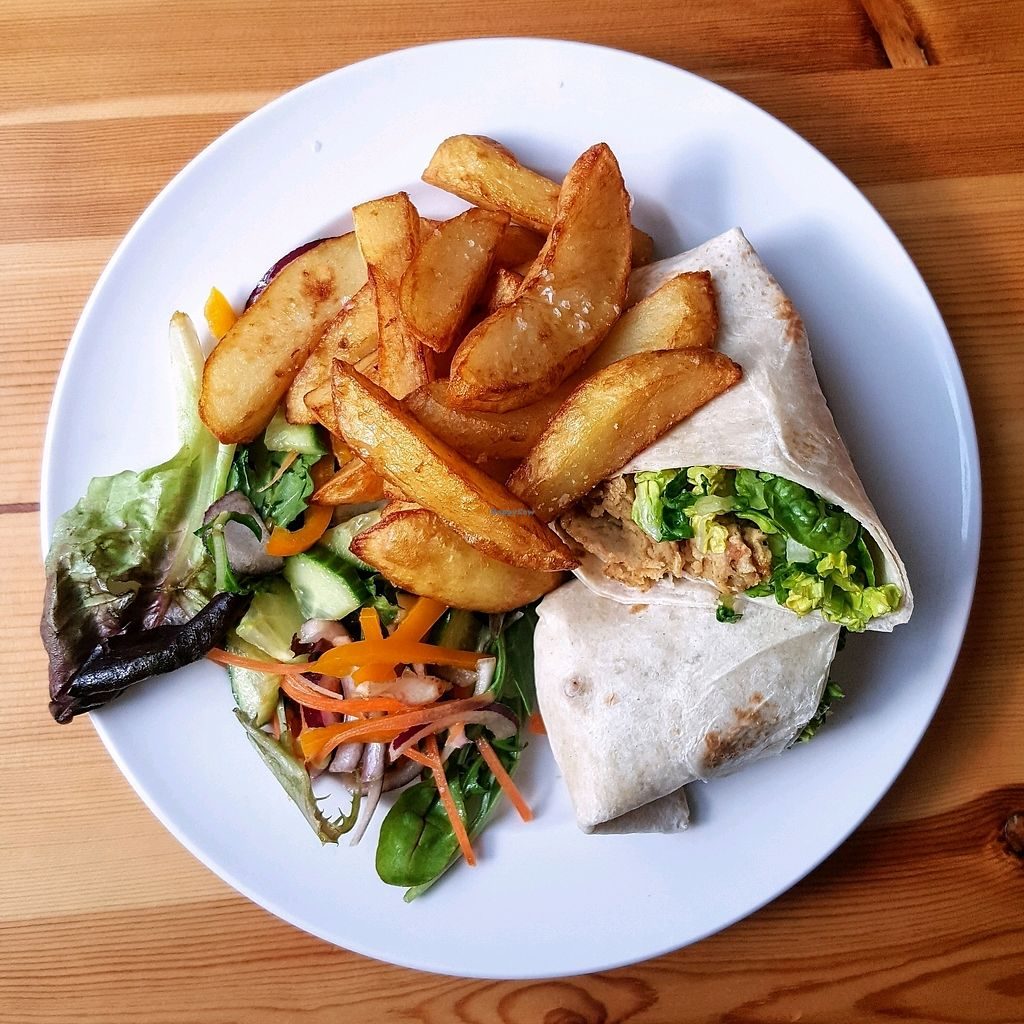 """Photo of The Willow Tree Cafe  by <a href=""""/members/profile/simon50"""">simon50</a> <br/>Seitan chicken-style wrap with chunky chips <br/> April 14, 2018  - <a href='/contact/abuse/image/97937/385825'>Report</a>"""