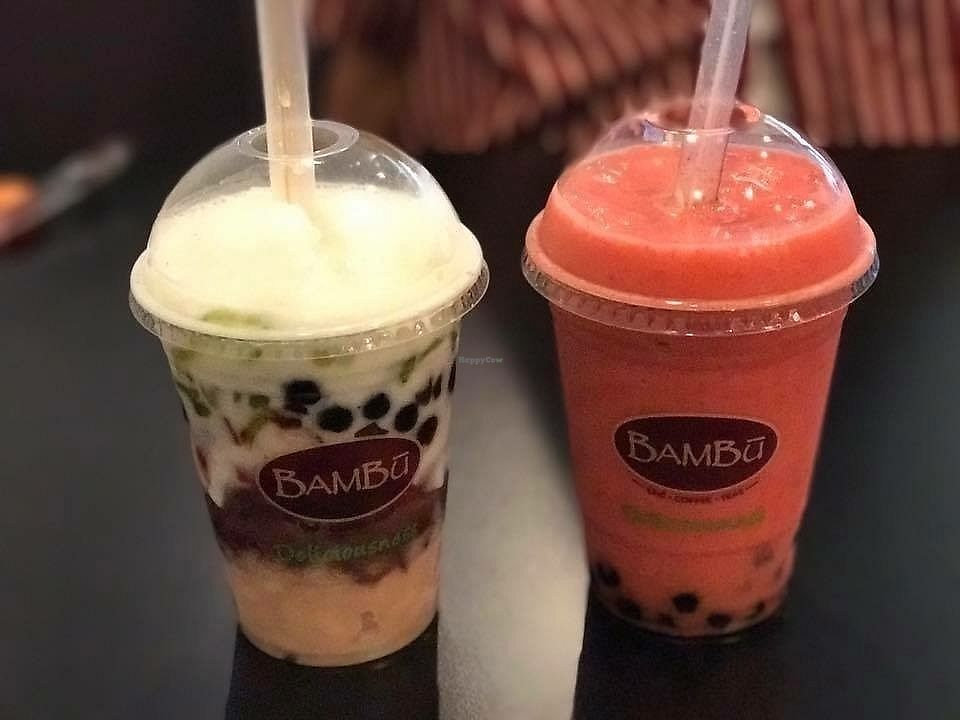 """Photo of Bambu Desserts & Drinks  by <a href=""""/members/profile/ChristineLee"""">ChristineLee</a> <br/>Che Thap Cam and Strawberry smoothie veganized <br/> August 11, 2017  - <a href='/contact/abuse/image/98038/291346'>Report</a>"""