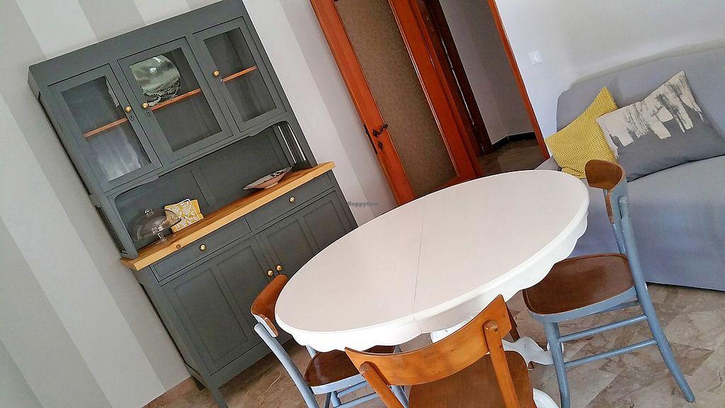 """Photo of Gigetto 1910  by <a href=""""/members/profile/GIGETTO1910"""">GIGETTO1910</a> <br/>La sala da pranzo, con arredamento stile anni 50. Abbiamo rimesso a nuovo una vetrinetta e scelto le classiche sedie in faggio da osteria, per dare all'ambiente un tocco di italianità <br/> September 9, 2017  - <a href='/contact/abuse/image/98131/302318'>Report</a>"""