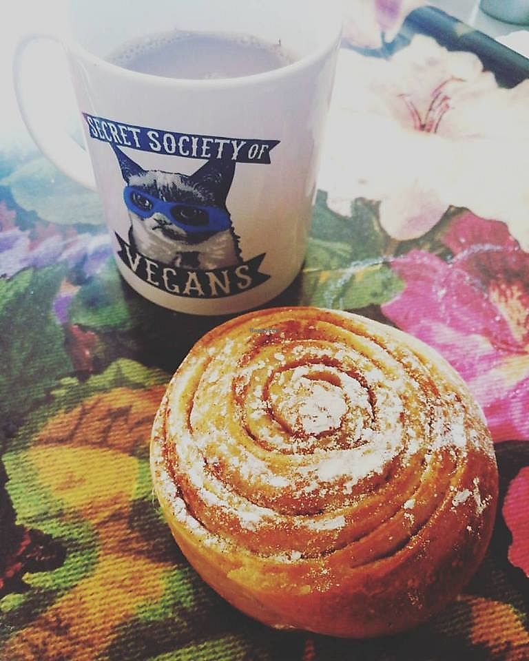 "Photo of Le Fournil de Mon Père  by <a href=""/members/profile/BlisterBlue"">BlisterBlue</a> <br/>Vegan cinnamon rolls <br/> September 25, 2017  - <a href='/contact/abuse/image/98157/308140'>Report</a>"