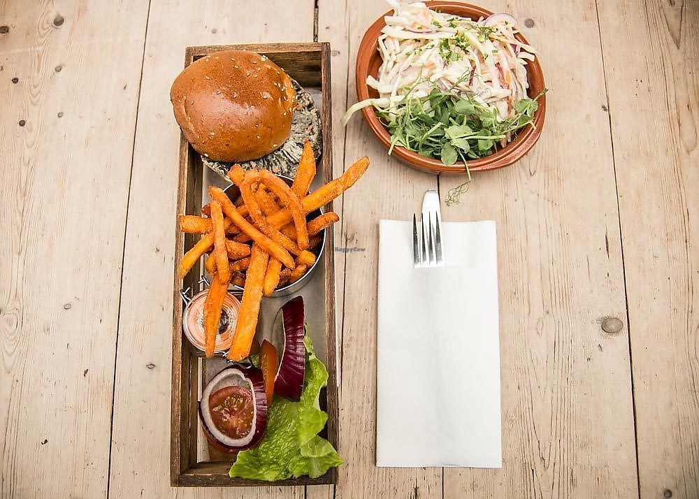 """Photo of The Swan  by <a href=""""/members/profile/theswan"""">theswan</a> <br/>shroom burger & vegan slaw <br/> November 24, 2017  - <a href='/contact/abuse/image/98216/328734'>Report</a>"""