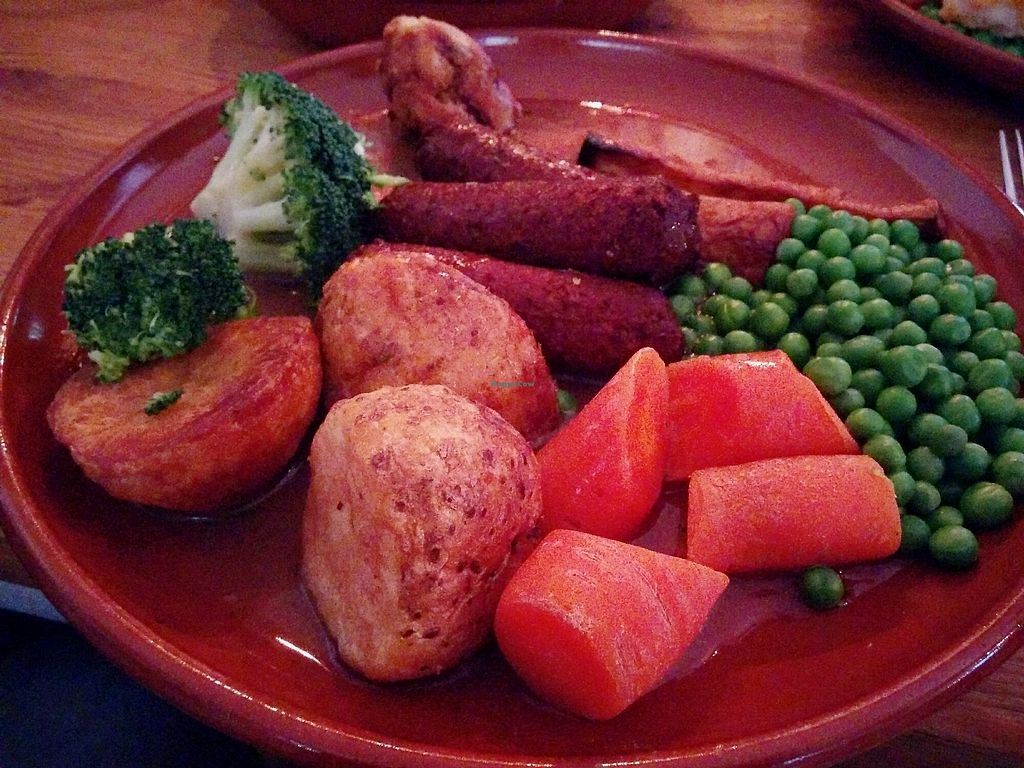 """Photo of The Swan  by <a href=""""/members/profile/jord_aka"""">jord_aka</a> <br/>Vegan Sunday Roast <br/> March 21, 2018  - <a href='/contact/abuse/image/98216/373997'>Report</a>"""