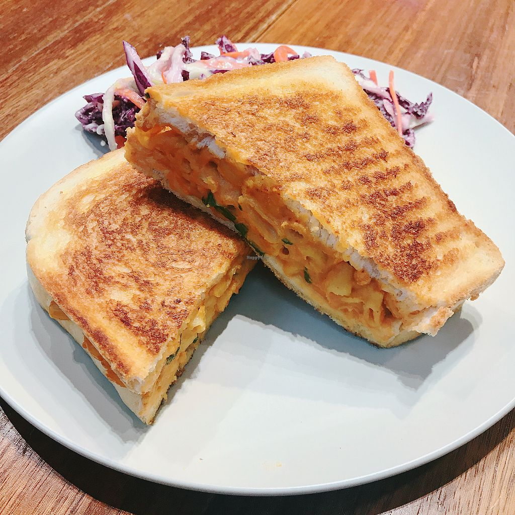 """Photo of Sparestore  by <a href=""""/members/profile/kay1abear"""">kay1abear</a> <br/>Mac and """"cheese"""" sandwich with coleslaw <br/> March 22, 2018  - <a href='/contact/abuse/image/98236/374216'>Report</a>"""