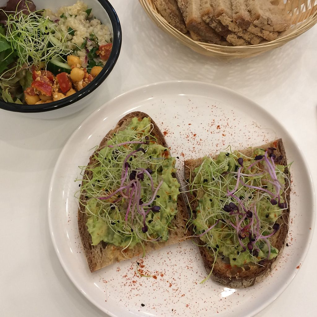 """Photo of Comptoir Veggie  by <a href=""""/members/profile/LisaCupcake"""">LisaCupcake</a> <br/>avocado toast <br/> August 14, 2017  - <a href='/contact/abuse/image/98252/292602'>Report</a>"""