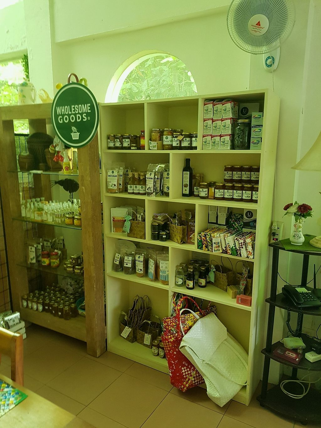 """Photo of The Detox Bar  by <a href=""""/members/profile/LuckyParadise"""">LuckyParadise</a> <br/>some interesting products <br/> January 4, 2018  - <a href='/contact/abuse/image/98280/342843'>Report</a>"""