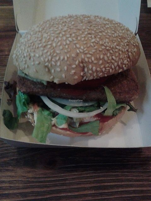 "Photo of Kreuzburger - Oranienstr  by <a href=""/members/profile/deadpledge"">deadpledge</a> <br/>Tofu burger <br/> August 12, 2017  - <a href='/contact/abuse/image/98381/291890'>Report</a>"