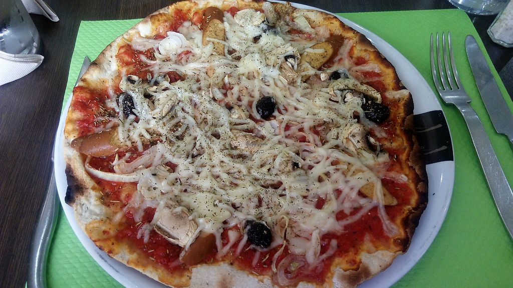 """Photo of Les Cuisines Vertes  by <a href=""""/members/profile/Luey"""">Luey</a> <br/>Pizza <br/> April 9, 2018  - <a href='/contact/abuse/image/98515/383057'>Report</a>"""