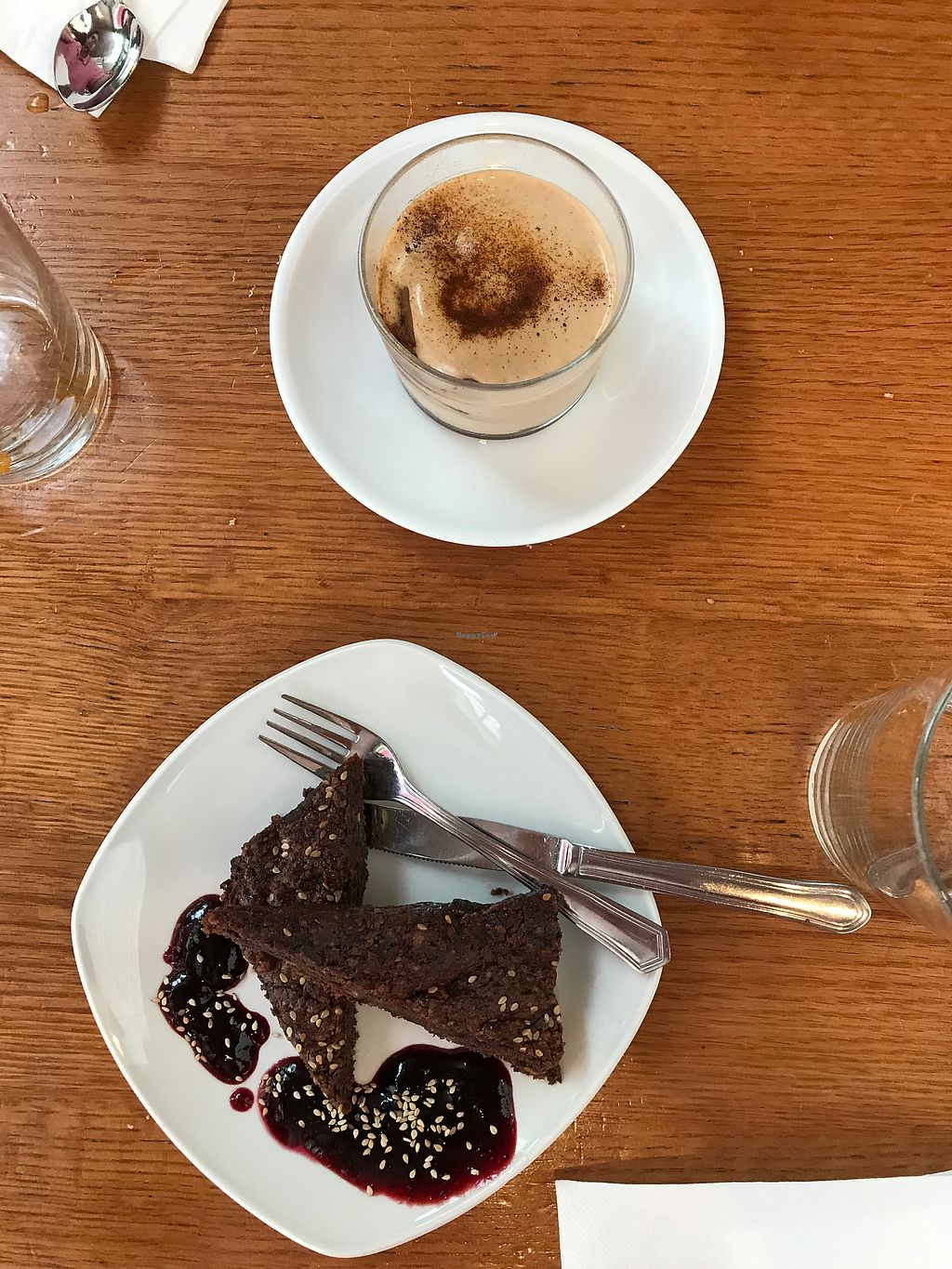 """Photo of Garraxi Restaurante Vegetariano  by <a href=""""/members/profile/miahnicole97"""">miahnicole97</a> <br/>tiramisu and brownie <br/> July 9, 2017  - <a href='/contact/abuse/image/9858/278459'>Report</a>"""