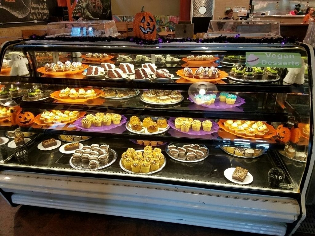 """Photo of Green Vegetarian Cuisine - Downtown  by <a href=""""/members/profile/EverydayTastiness"""">EverydayTastiness</a> <br/>all vegan baked goods <br/> November 2, 2016  - <a href='/contact/abuse/image/9860/186133'>Report</a>"""