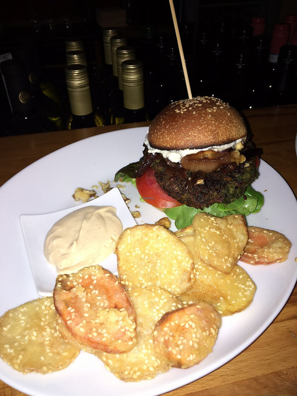 "Photo of CLOSED: Rily  by <a href=""/members/profile/rily"">rily</a> <br/>burger with chips  <br/> August 18, 2017  - <a href='/contact/abuse/image/98621/293892'>Report</a>"