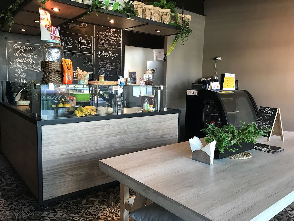 """Photo of Grain House  by <a href=""""/members/profile/rackoo"""">rackoo</a> <br/>Cozy space - eat there or take out (para aqui o llevar) <br/> January 15, 2018  - <a href='/contact/abuse/image/98624/346937'>Report</a>"""