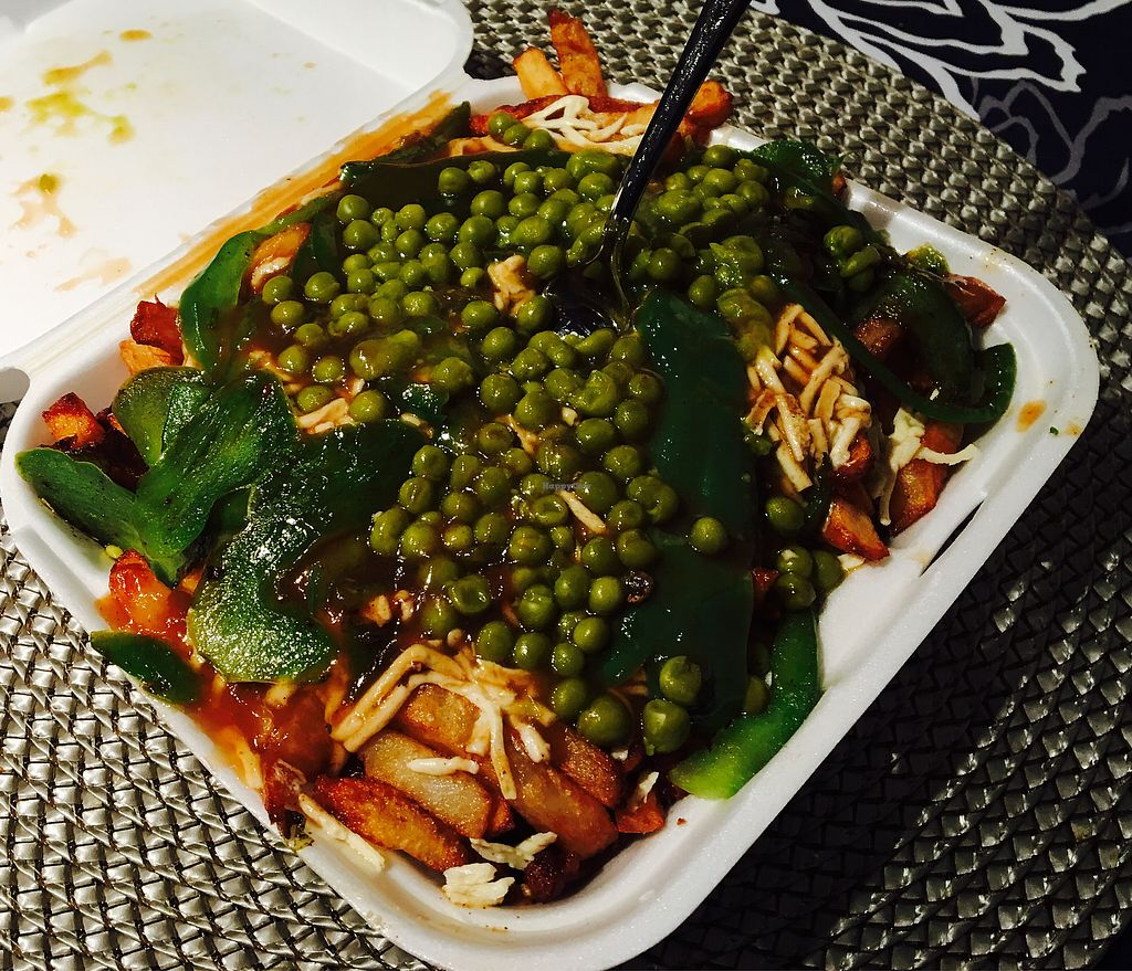 """Photo of La Banquise  by <a href=""""/members/profile/AliceBernier"""">AliceBernier</a> <br/>La veganomane with extra peas and green peppers <br/> August 14, 2017  - <a href='/contact/abuse/image/98641/292730'>Report</a>"""