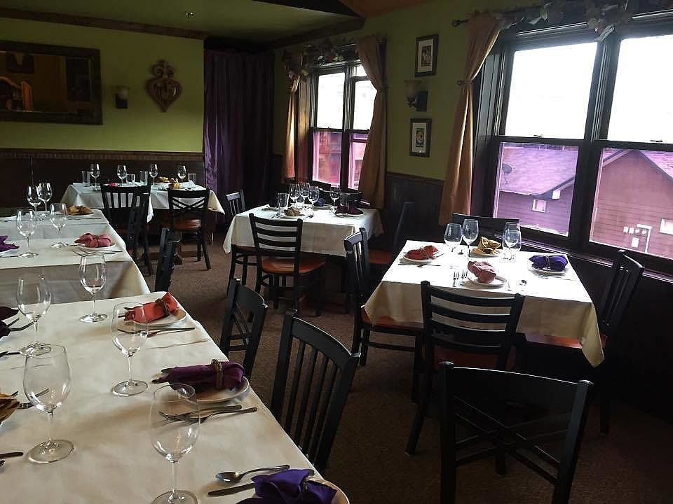 """Photo of Vinny's Restaurant  by <a href=""""/members/profile/community5"""">community5</a> <br/>Vinny's Restaurant <br/> August 18, 2017  - <a href='/contact/abuse/image/98659/293923'>Report</a>"""