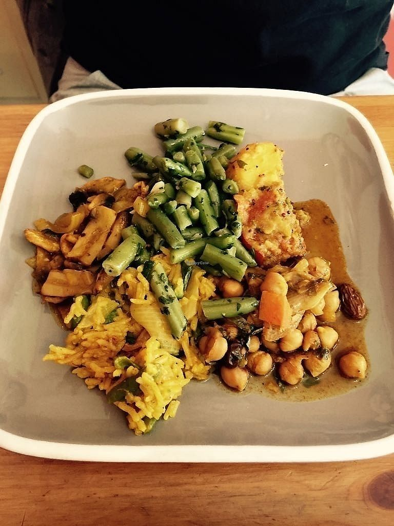"""Photo of CLOSED: Cafe Moroc  by <a href=""""/members/profile/TARAMCDONALD"""">TARAMCDONALD</a> <br/>Lovely vegan mezze platter <br/> August 16, 2017  - <a href='/contact/abuse/image/98688/293218'>Report</a>"""