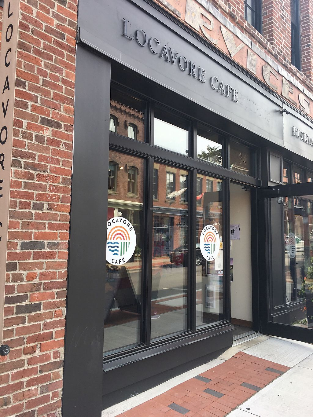 """Photo of CLOSED: Locavore Cafe  by <a href=""""/members/profile/igor6200"""">igor6200</a> <br/>Front of store <br/> August 29, 2017  - <a href='/contact/abuse/image/98762/298653'>Report</a>"""