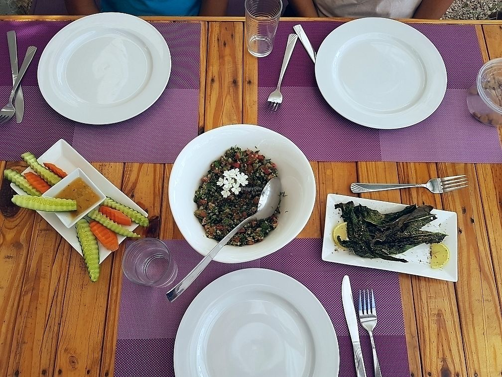"""Photo of Coara   by <a href=""""/members/profile/tantantan"""">tantantan</a> <br/>quinoa tabbouleh and kale chips <br/> September 15, 2017  - <a href='/contact/abuse/image/98825/304747'>Report</a>"""