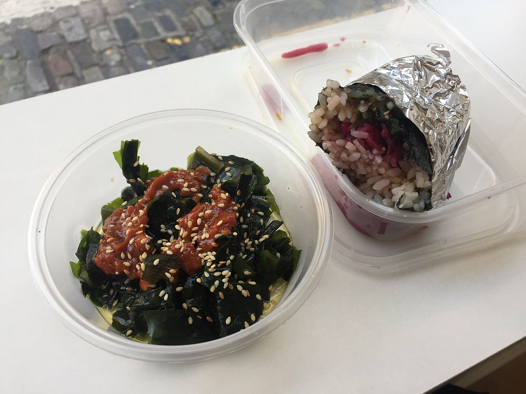 """Photo of Vegan Yes - Whitechapel  by <a href=""""/members/profile/Bea_lc"""">Bea_lc</a> <br/>Yum red cabbage sushi roll and wakame pomodoro  <br/> August 31, 2017  - <a href='/contact/abuse/image/98828/299425'>Report</a>"""