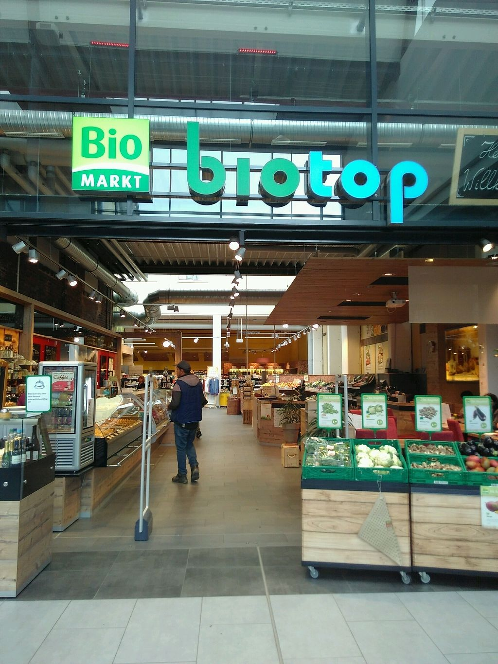"Photo of Biotop  by <a href=""/members/profile/UDth"">UDth</a> <br/>Entry is in the mall called ""Werkstatr"" <br/> October 9, 2017  - <a href='/contact/abuse/image/98848/313593'>Report</a>"